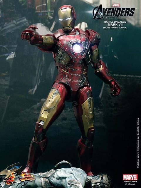 Hot-Toys-Battle-Damaged-Iron-Man-Mark-VII-005