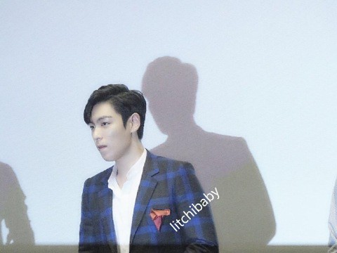 TOP_StageGreeting-CoexMagaBox-20140906_(6)