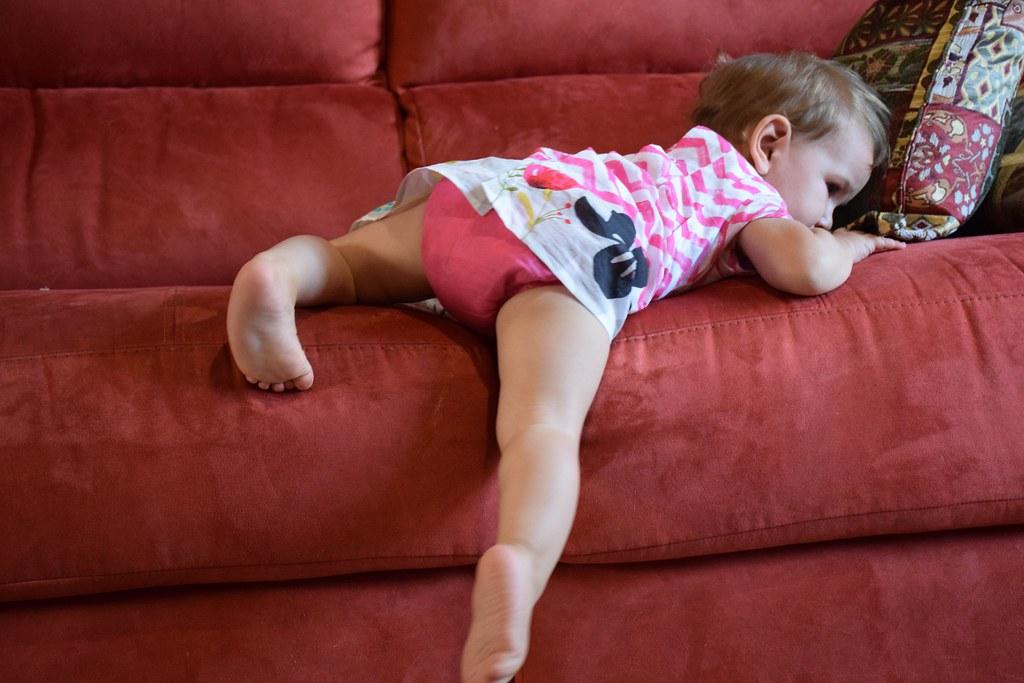 Cómo bajar de un sofá