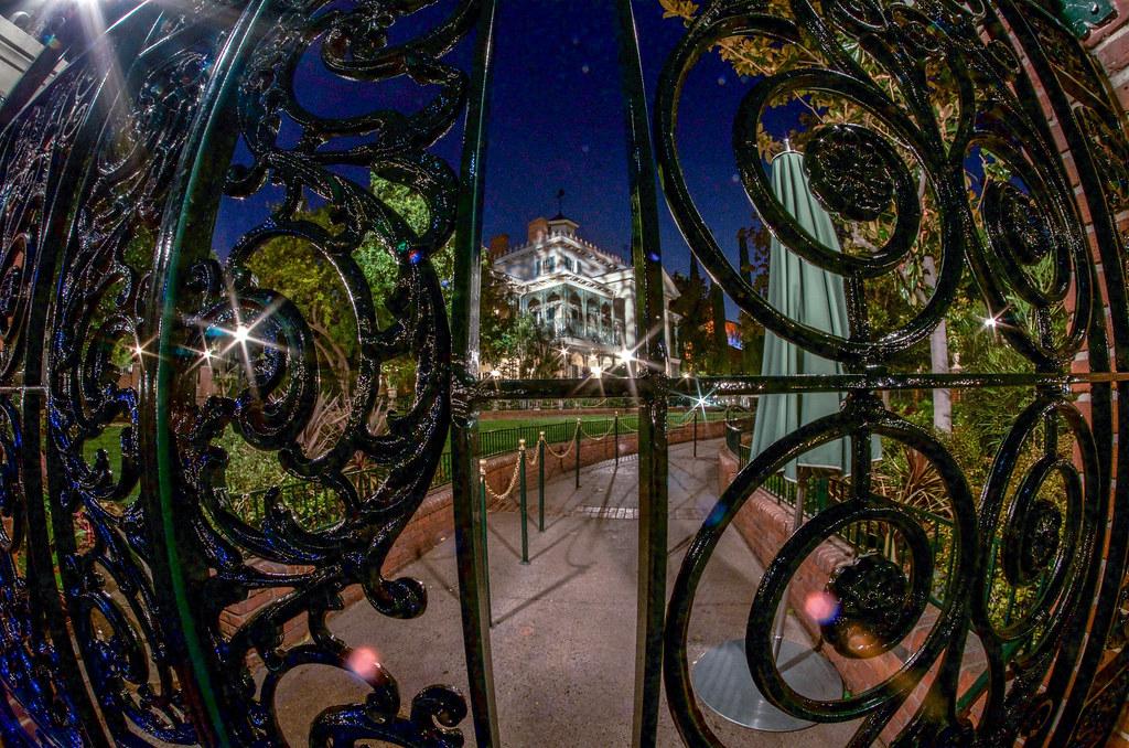 Haunted Mansion night