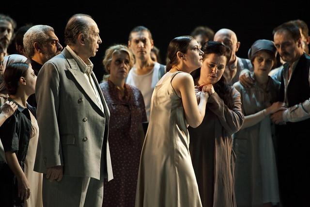 Daniele Abbado's production of Nabucco © Rudy Amisano/Teatro alla Scala