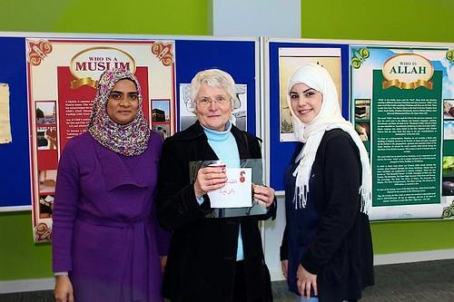 Blathnaid McCauley SSL facilitating Islamic Awareness Week at the University of Brighton