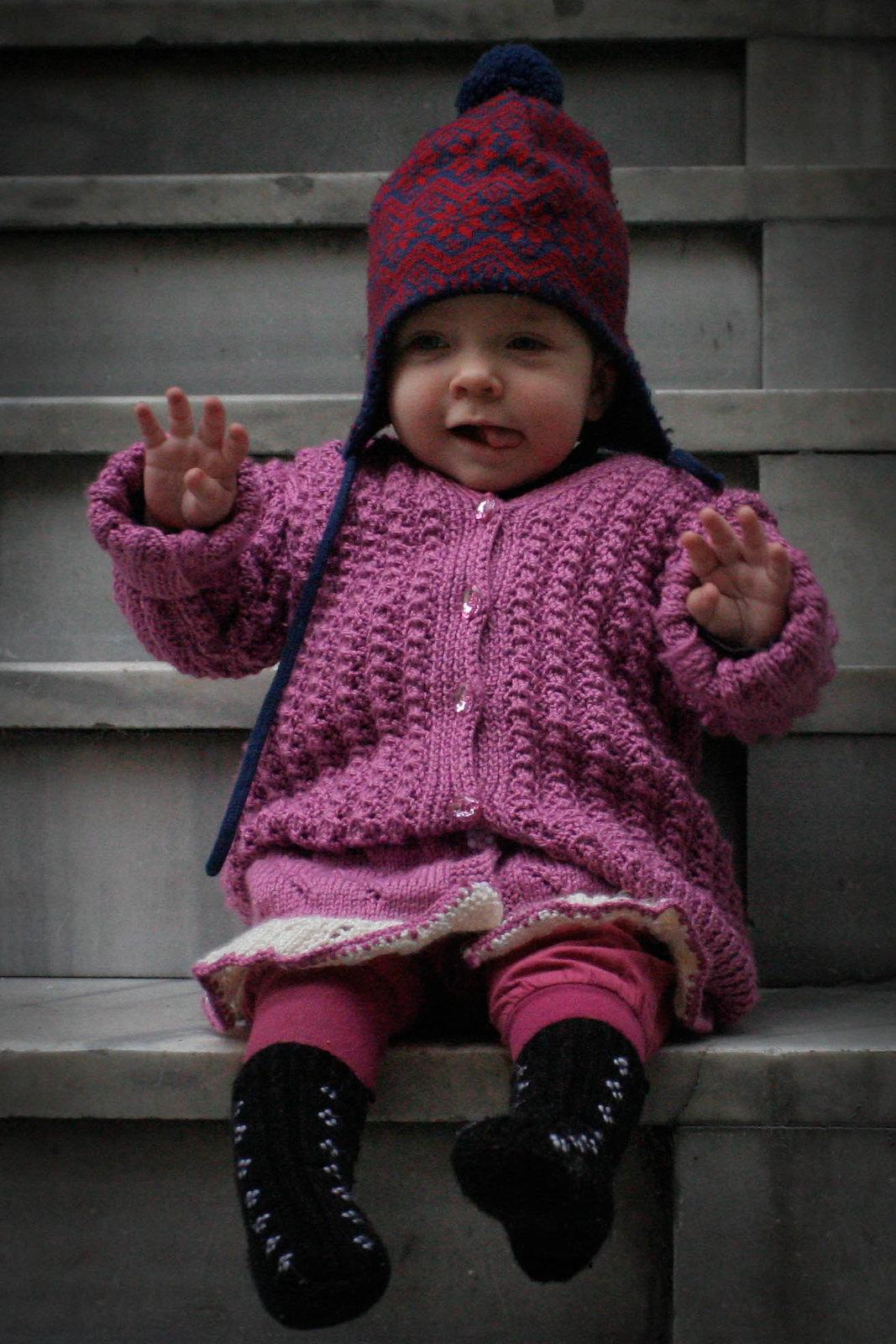 Neve in knitwear