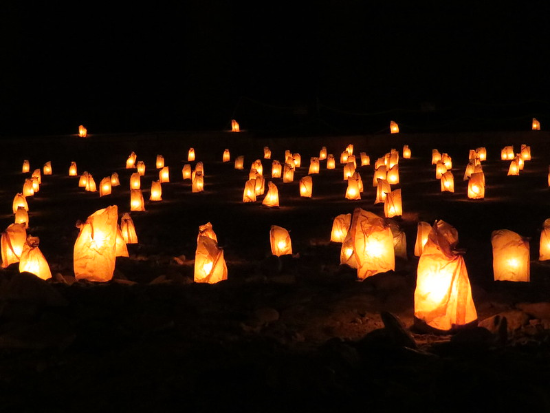 Thousands of candles light up Petra at night