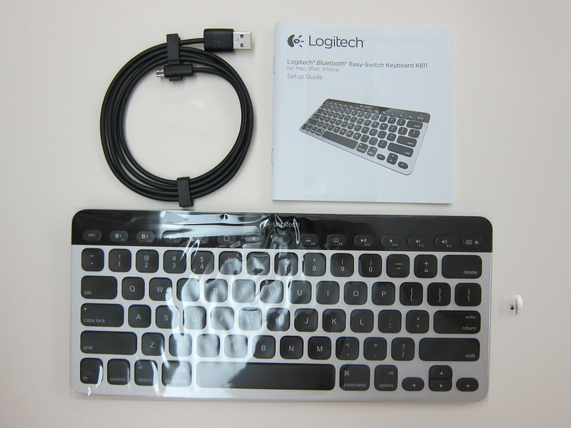 Logitech Bluetooth Easy-Switch Keyboard - Box Contents