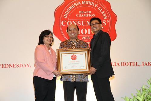 Indonesia Middle-Class Brand Forum 2013-Mandiri Syariah