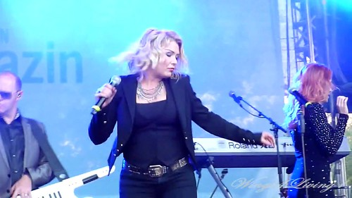 Lights Down Low - Kim Wilde - June 8th 2012 - (25)