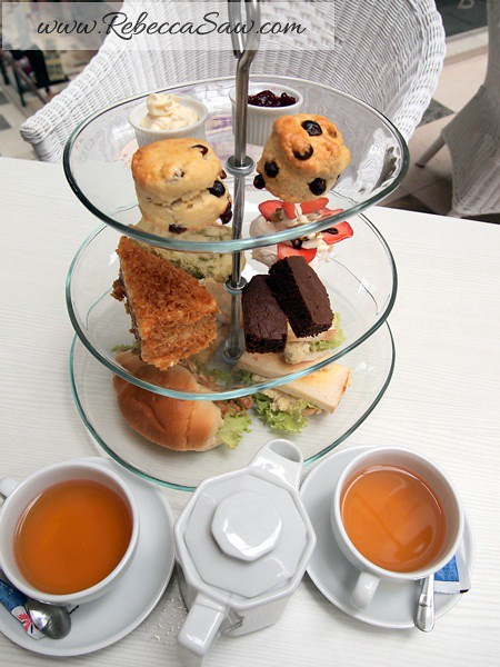 swich cafe publika - high tea for 2 RM55-003