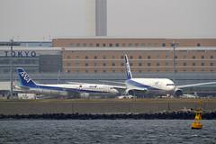羽田空港を海から撮影する