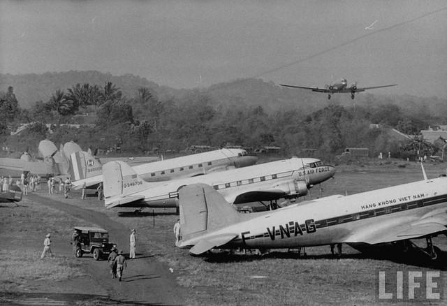 Phi trường Lạc Giao 1957