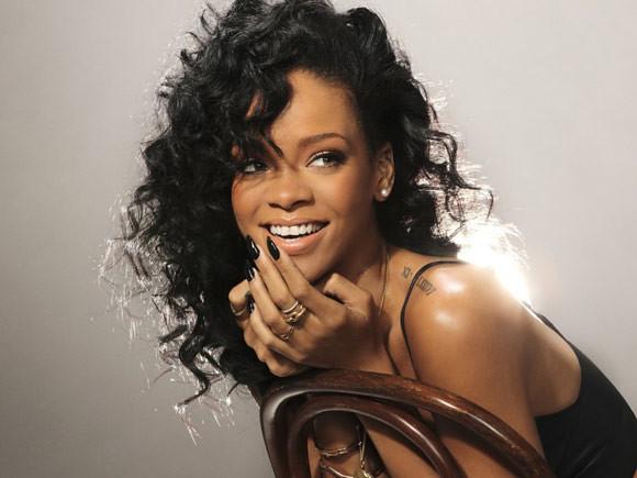 Rihanna - Nổi tiếng chưa đi cùng đẳng cấp