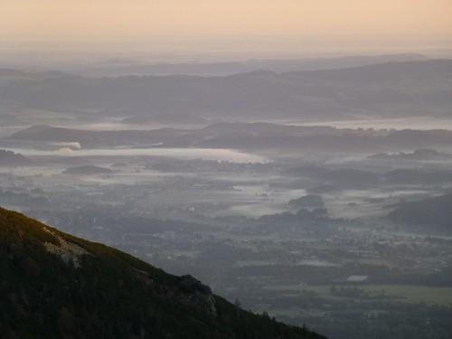 sunrise landscape europa europe poland polska sudety karkonosze krajobraz lowersilesian sudetyzachodnie dolnośląskie wschódsłońca masywczeski schroniskodomśląski równiapodśnieżką