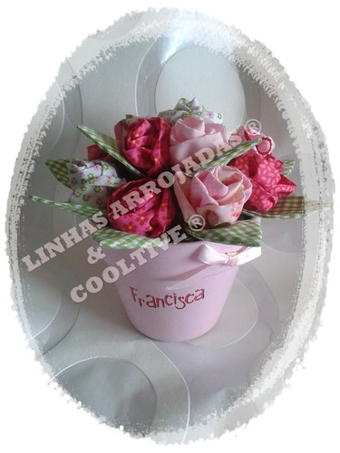 O vaso da Francisca by Linhas Arrojadas Atelier de Costura ® Trademark