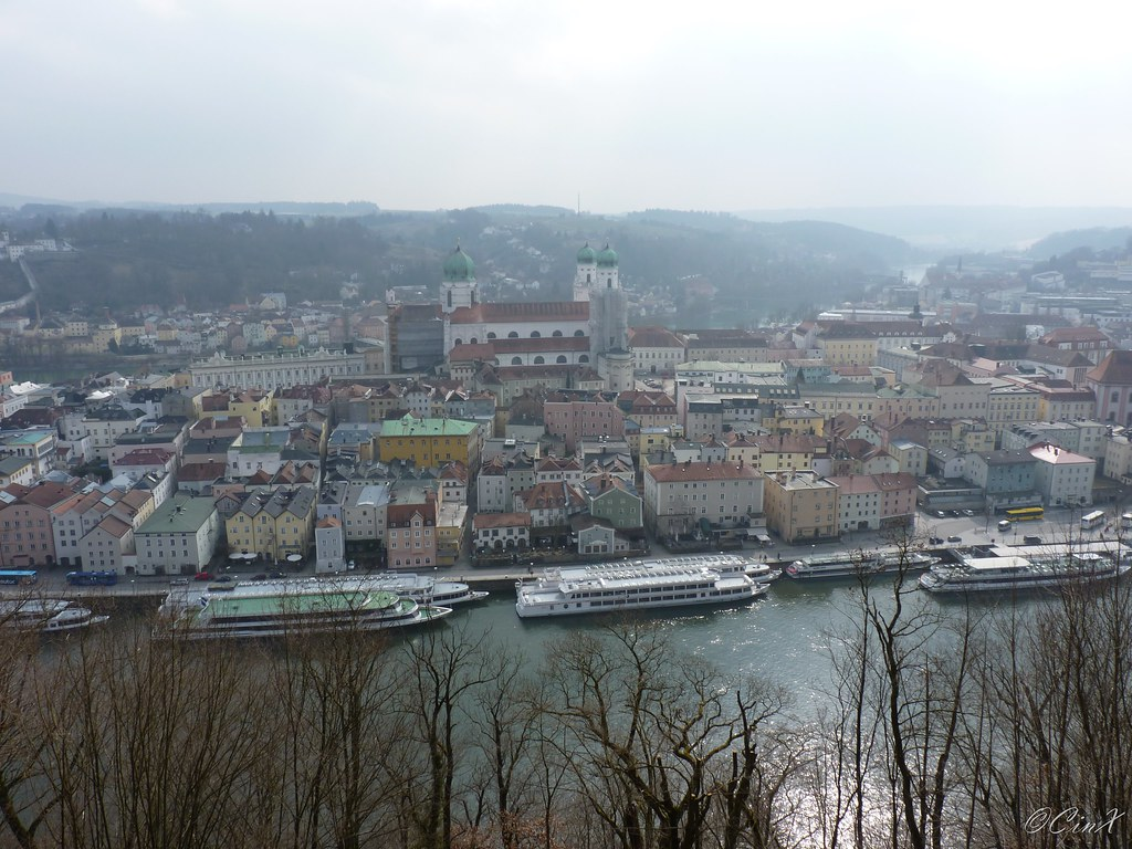 how to move around in passau germany