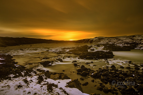 winter night iceland islandia long exposure shots waterfalls nocturna fotografia frío exposicion larga cascada urridafoss