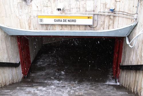 Street entrance 'D' to Gara de Nord station on line M1