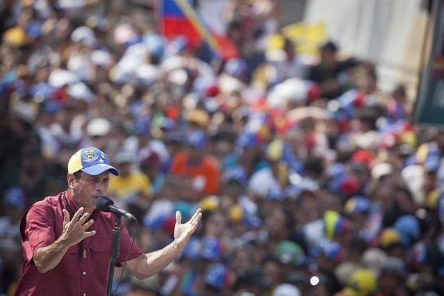 Capriles Radonsky, es la mejor alternativa si la Revolución fracasa