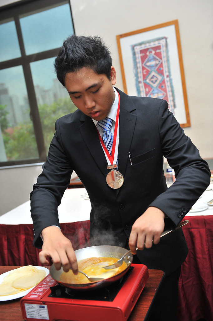 SHATEC - Crepe Suzette making