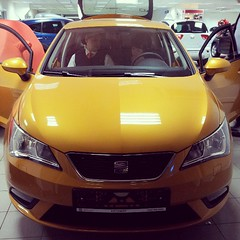 automobile, automotive exterior, supermini, vehicle, compact car, bumper, seat ibiza, land vehicle, sports car,