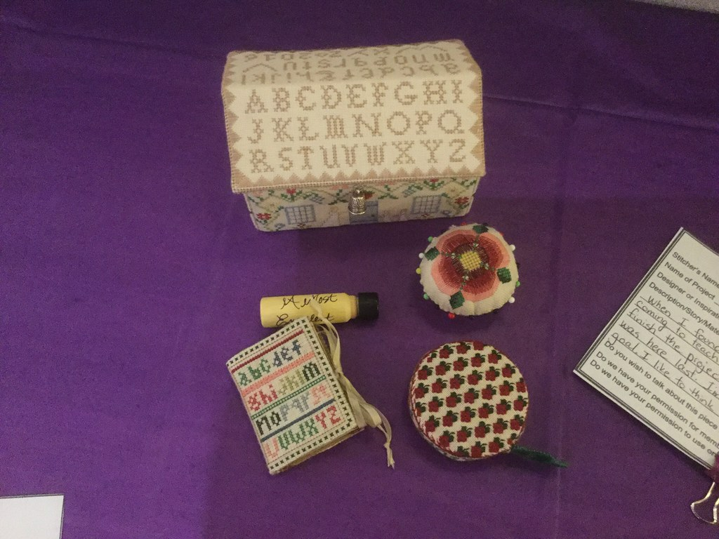 https://farm9.staticflickr.com/8522/28457687114_ac8a8c958b_b.jpg