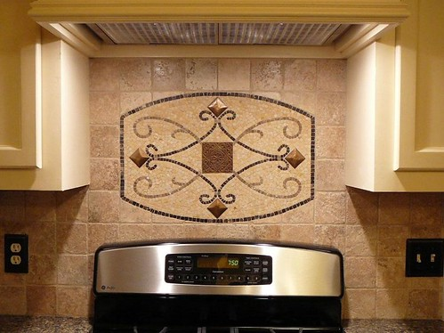 Travertine tile with design