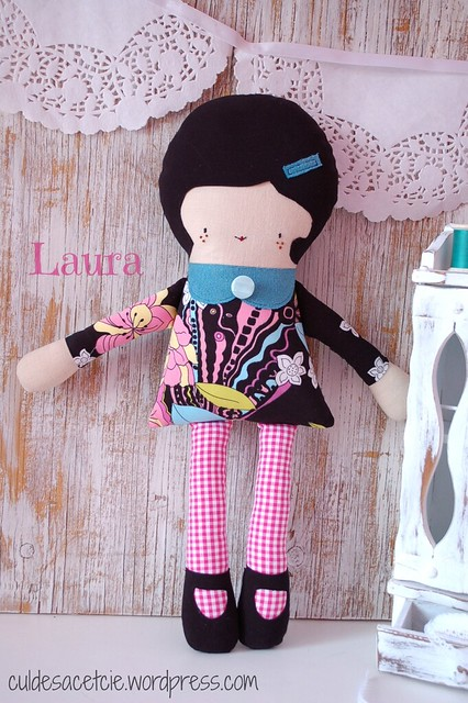 Laura, eco-friendly doll
