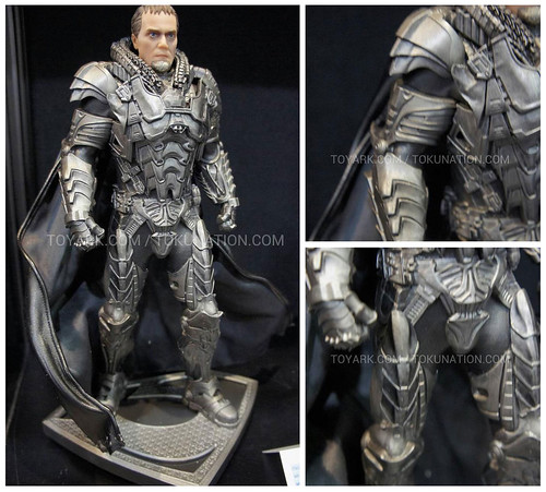 SUPERMAN_ZOD_TOYFAIR2013