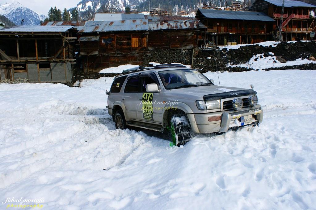 Muzaffarabad Jeep Club Neelum Snow Cross - 8470921371 b96ca3b885 b