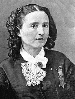 Mary Edwards Walker curls