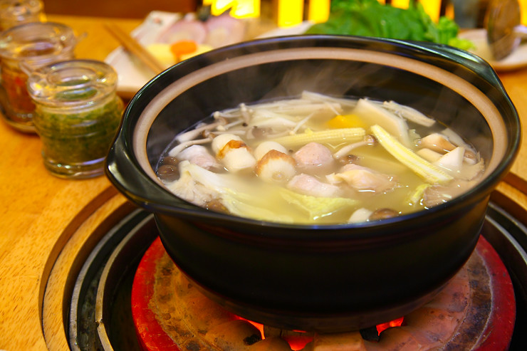 Charcoal-Steamboat