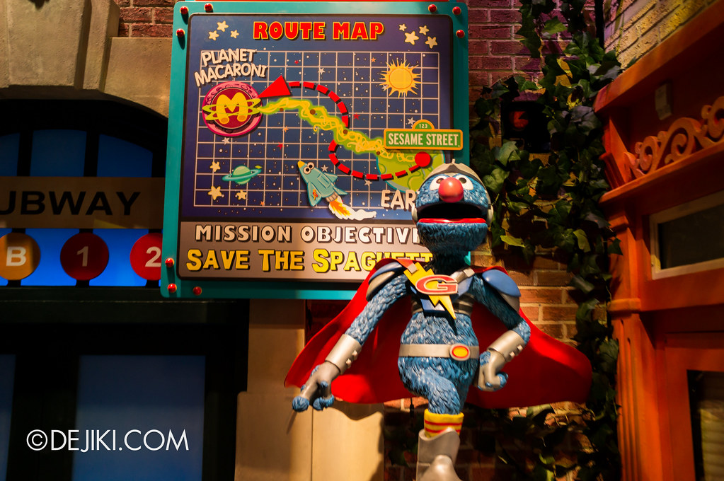 [On-Ride Photo] Spaghetti Space Chase - Super Grover Close Up
