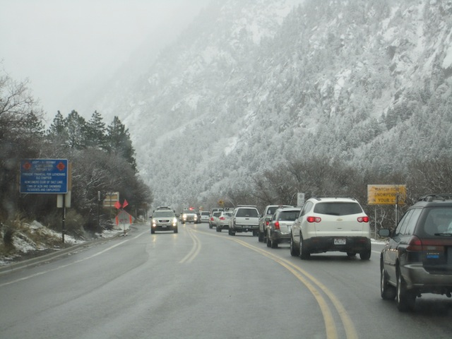 Traffic to Utah canyons