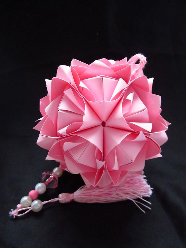 Lotus crown kusudama