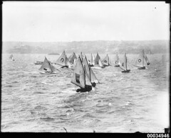 Numerous yachts with Cremorne Point in the background, 1910-1939