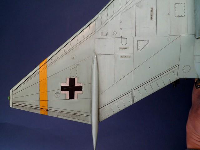 """Opération """"Kill the King"""" [ Arado Ar. E.555 Revell 1/72 ] 8556742699_9cfe2b22ff_z"""