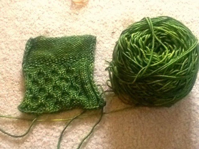 Swatch for cellular slouchy hat
