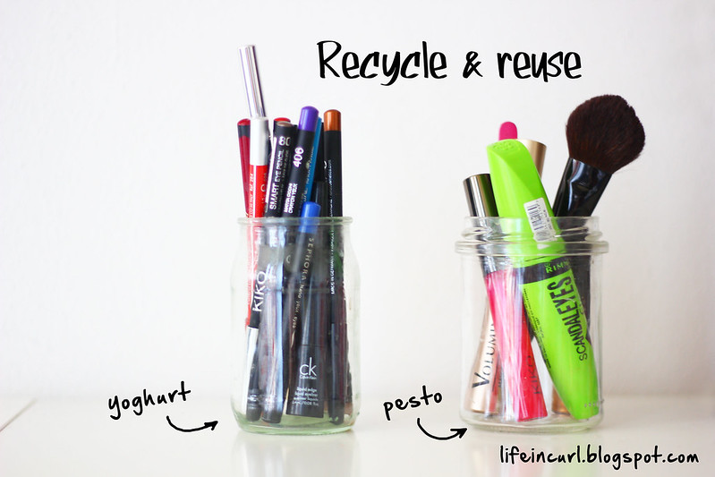 DIY reuse empty jars / bathroom and makeup organization