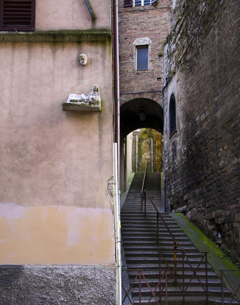Perugia, sonrisa etrusca