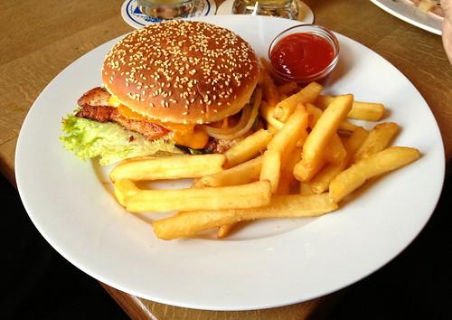 Haidhauser Burger - Augustiner