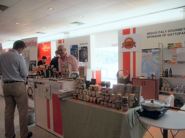 savour 2013 - singapore - gourmet market (139)