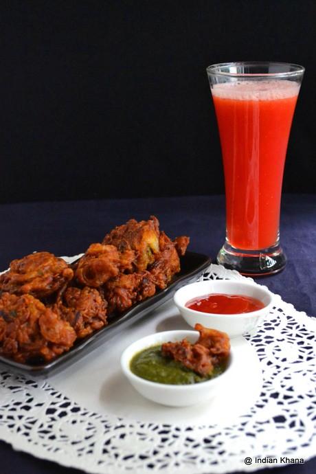 http://indiankhanna.blogspot.com/2013/04/Onion-Pakoda-Pyaz-Ke-Pakore-Onion-Fritters-Recipe.html