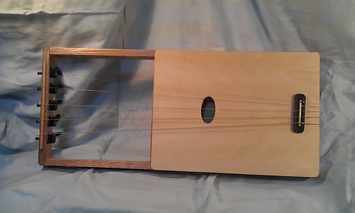 Making homemade Lyre 001 by Kanda Mori