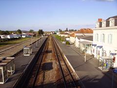 Gare de Mussidan-bâtiments et voies
