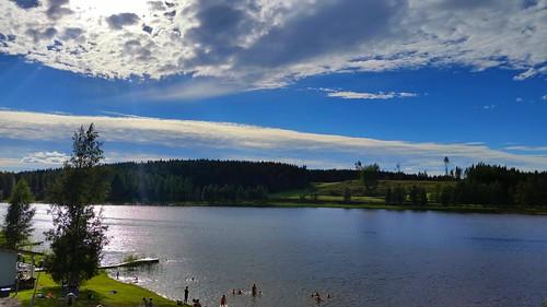 summer sky people lake beach water sunshine clouds finland phone july samsung swimmers himos jämsä inexplore sakarip inexplore18072016