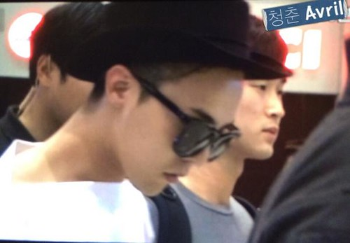 GDragon-IncheonAirport-backfromHongKong_20140806 (7)