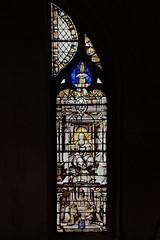 Vitrail Notre Dame de Liesse de la collégiale Saint-Gervais-Saint-Protais
