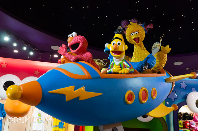Big Bird's Emporium - Spaceship