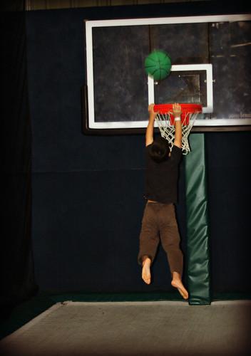 trampoline slam dunk