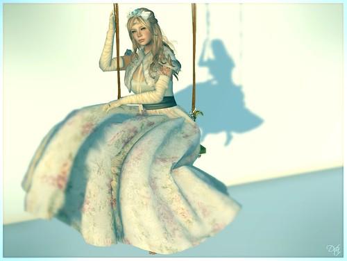 Nostalgia I - Primavera Alice Blue
