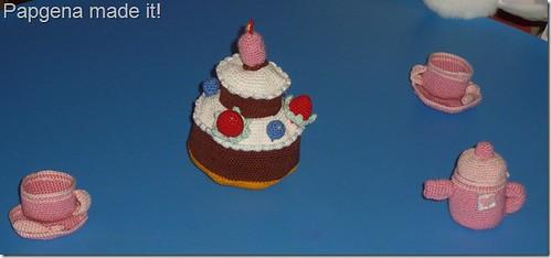 tea_and_cakes_2